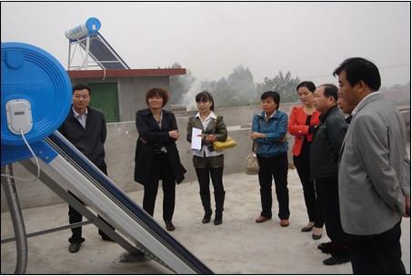 财政、农业部门检查验收太阳能项目